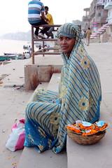 Varanasi (mbphillips) Tags: benares banaras uttarpradesh बनारस ganges ganga people उत्तर प्रदेश वाराणसी गंगा southasia india 인도 印度 インド asia アジア 아시아 亚洲 亞洲 mbphillips canon450d gente 人 사람들 사람 personas river 강 河 río geotagged photojournalism photojournalist sigma18200mmf3563 hindu hinduism हिन्दू varanasi 바라나시