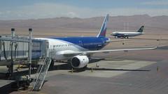218 airport Calama - Flughafen (roving_spirits) Tags: chile atacama atacamawüste atacamadesert desiertodeatacama désertcôtier küstenwüste desiertocostero coastaldesert
