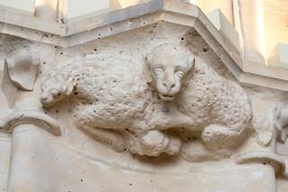 Carved capital | Salle des Gardes | Conciergerie | Paris-19