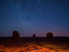 P1050760 (jwchau) Tags: monumentvalley stars bluehour rokinon12mmf2lens night arizona utah