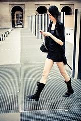 Sofia Goggia (dufour_l) Tags: 2012 35mm candid canon couleurs eos1dmarkiv europe everybodystreet femmes france lavieencouleur lescolonnesdeburen objectifgrandangle portrait regardsparisiens streetphotography téléphone