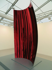Sculpture by Anish Kapoor, Frieze, London, England, 2016 (duaneschermerhorn) Tags: art artshow artexhibition exhibition galleries anishkapoor kapoor sculpture red reflection installation