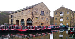 Shire Cruisers - Sowerby Bridge (wontolla1 (Septuagenarian)) Tags: canal calder hebble navigation river boats boat cruisers narrow sowerby bridge brighouse walking walk hiking hike towpath shire wednesdaywalk