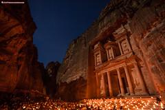 Noche de las velas de Petra (www.jmproducciones.es) (JMProducciones84) Tags: jmproducciones josemanuelpinillos maangovernorate jordania petra nochedelasvelas noche nocturna estrellas