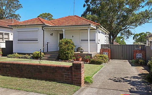 9 Moora St, Chester Hill NSW 2162
