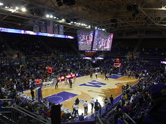DSCN8766 (krhimself) Tags: seattle washington washingtonstate 206 emeraldcity pnw pacificnorthwest udub ncaa basketball
