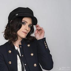 Avec les salutations d'Adriana. (Philippe Bélaz) Tags: 85mm adriana d800e casquettes chapeaux lumièresartificielles modèles portraits shootings studio