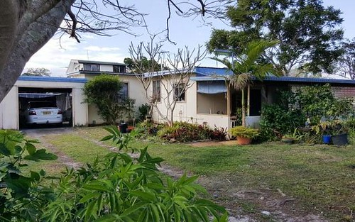14 First Avenue, Stuarts Point NSW 2441