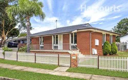 12 Creigan Rd, Bradbury NSW 2560