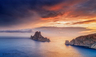 Es Vedra the sunset gate ... Ibiza .