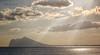 (033/18) La luz (Pablo Arias) Tags: pabloarias photoshop photomatix capturenxd españa cielo nubes arquitectura montaña sierra agua mar mediterráneo paisaje resplandor benidorm sierragelada alicante