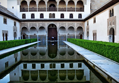 Alhambra, Patio de los Arrayanes (Jocelyn777) Tags: monuments nasridpalaces alhambra patio water reflections waterreflections granada andalucia spain travel
