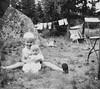 Kids (Ken-Zan) Tags: pair kids children scanned gb kenzan ljunghav sten tvätt