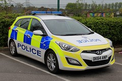 Cheshire Police Hyundai i30 Estate Incident Response Vehicle (PFB-999) Tags: cheshire police constabulary hyundai i30 estate incident response vehicle car unit irv panda lightbar grilles leds dk64anp