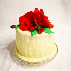 Red Velvet Cake (ladybugdiscovery) Tags: poppy poppies cake red redvelvetcake dessert sweet birthday