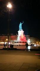 151-Paris décembre 2017 - Place de la République (paspog) Tags: paris france décembre 2017 placedelarépublique nuit night nacht