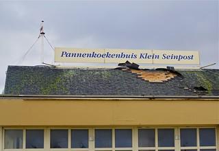 Pannenkoekenhuis met stormschade
