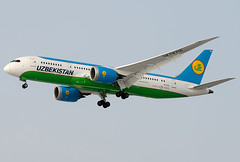 UK78701  Uzbekistan Airways Boeing 787-8 Dreamliner (Osdu) Tags: spotting planespotting avia aviation domodedovo airport dme uudd аэропорт домодедово aircraft airplane avion aeroplano aereo 机 vliegtuig aviao uçak аэроплан samolot flugzeug luftfahrzeug flygplan lentokone aeroplane طائرة letoun fastvingefly avión lennuk هواپیما flugvél aëroplanum самолёт 固定翼機 飛機 boeing boeing787 dreamliner uzbekistanairways uk78701
