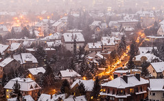 Winter mood (Bence Boros) Tags: sony alpha a77m2 a77ii 55300mm long tele zoom city budapest hungary hill suburb houses winter snow lights fog moody street roofs warm