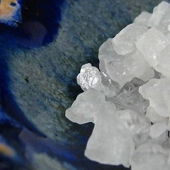 sally saw sea salt crystals (muffett68 ☺ heidi ☺) Tags: ansh scavenger9 spicesspicy salt seasalt crystals macro hmm macromondays lessthananinch possibility