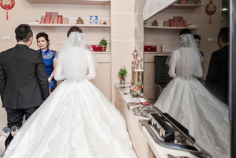婚攝 高雄林皇宮 婚宴 時尚氣質新娘現身 S & R 068