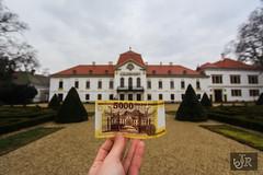 Money and the reality 💰💶 (richárdjánosi) Tags: money building castle hungary canon canon700d reality bokeh europe hellohungary janricsiartphoto