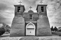 Three Crosses (KPortin) Tags: hmm church sanfranciscodeasischurch nationalregisterofhistoricplaces blackandwhite door architecture taos newmexico