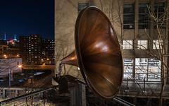 Grammegaphone (dansshots) Tags: dansshots nikon nikond750 nyc newyorkcity newyork newyorkatnight highline thehighline rokinon rokinon14mm wideangle gramophone