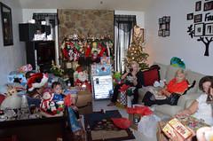 Christmas2016-0064 (awinner) Tags: 2016 christmas christmas2016 december2016 december25th2016 holidays largoflorida livingroom presents