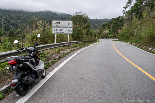 On the road between Chiang Mai & Pai