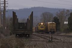 Long live the Santa Fe (Tom Trent) Tags: gp392 emd diesel switcher switching rail freight portlandandwestern pnwr atsf santafe
