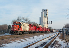 CP H15 @ Rollins Ave. (SDfourD) Tags: canadianpacific sooline bnsfrailwaymidwaysub soo4402 emd gp382 cph15 transfer minneapolismn