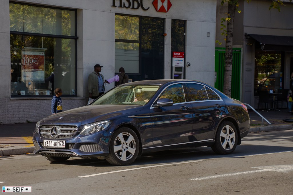 The world 39 s best photos of benz and plate flickr hive mind for Mercedes benz emergency number