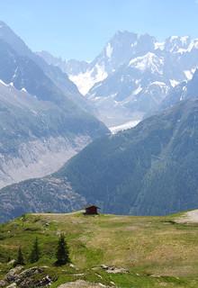 On the way down from L'Index (2595 m) to La Flégère (1877 m). Chamonix.
