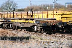 967504 Hoo Junction 160218 (Dan86401) Tags: hoojunction 967504 dc967504 yla mullet bogierailcarryingwagon wagon freight fishkind borail db dbcargo engineers departmental infrastructure civilengineer br bolster
