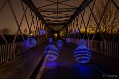 Esferas en el puente (Yorch Seif) Tags: puente titulcia nocturna nocturnal lightpainting largaexposicion longexposure