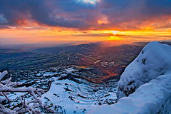 Alba da San Marino (Raul Montoleone) Tags: sanmarino alba sunrise landscape panorama inverno neve snow winter sole sun