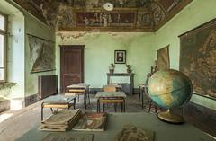 DSC_5158-HDR (Foto-Runner) Tags: urbex lost decay school abandonné école scuola