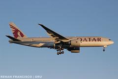 A7-BBD (renanfrancisco) Tags: qatar qatarairlines qr qtr a7bbd landing pouso gru sbgr gruairport guarulhosairport oneworld boeing 777 777200 772 boeing777 boeing777200 aeroporto airport airlines aeropuerto spotting