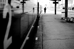 Up to the good car (pascalcolin1) Tags: saintgervais homme man gare sta wagon car reflets reflection 2 photoderue streetview urbanarte noiretblanc blackandwhite photopascalcolin 50mm canon50mm canon