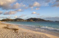 2017-04-22_06-11-40 Morning (canavart) Tags: sxm stmartin stmaarten fwi caribbean sunrise dawn orientbeach orientbay beach morning