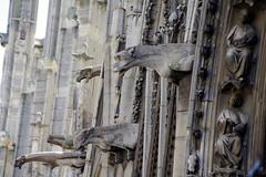 Gargoyles (sarowen) Tags: gargoyles gargoyle notredame notredamecathedral notredamedeparis parisfrance paris church cathedral architecture