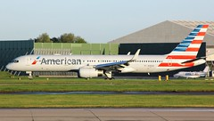 N195AN (AnDyMHoLdEn) Tags: americanairlines 757 oneworld egcc airport manchester manchesterairport 23r