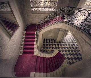 Chateau mezzanine