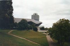 TORRE BMW (antoni-op) Tags: monaco di baviera green bavaria auto verde parco torre bmw tower olimpiapark