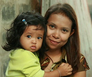 mother with alarmed looking daughter