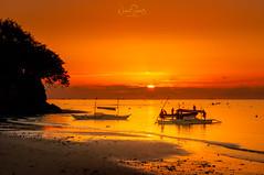 Early in the morning ... Bohol sunrise, Philippines (nigel_xf) Tags: sunrise sonnenaufgang bohol philippines beach strand meer sea philippinen mabuhay boote boats nikon d300 nigel nigelxf vsfototeam