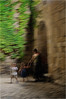 Llegamos tarde - We arrived late (josansaru) Tags: josesantiago josansaru fotografiacreativa moving color movimiento dinamic gente personas niños pared muro piedra vegetacion verde peratallada girona