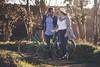 Irene y José - 03 (Lt. Sweeney) Tags: loveisintheair love amor par pareja enamorados felicidad happy happiness sesiónfotográfica reportajedepareja exterior bicicleta vintage bici hut sombrero novios atardecer ocaso luznatural luzambiental sinflash encolor color encuadre frame cliché mood pov scene escena atmósfera atmosphere canon adobephotoshopcc luzlateral encuadrehorizontal composición angulo angle