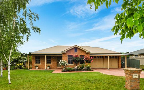 23 Hughes St, Kelso NSW 2795